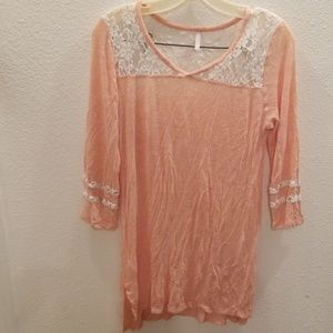 Peach Vanity tunic top with lace- M
